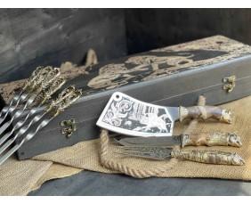 Шампура Бриз расписном кейсе из бука.Шампура +нож+вилка +секач