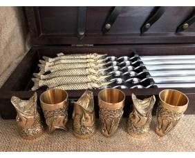 """Комплект шампуров """"Царский улов """" с рюмками в кейсе из натурального дерева"""